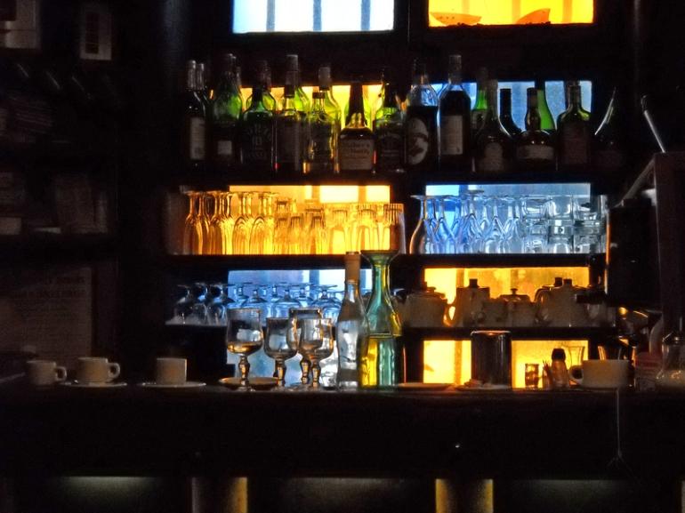 backlit cafe bar ile st louis
